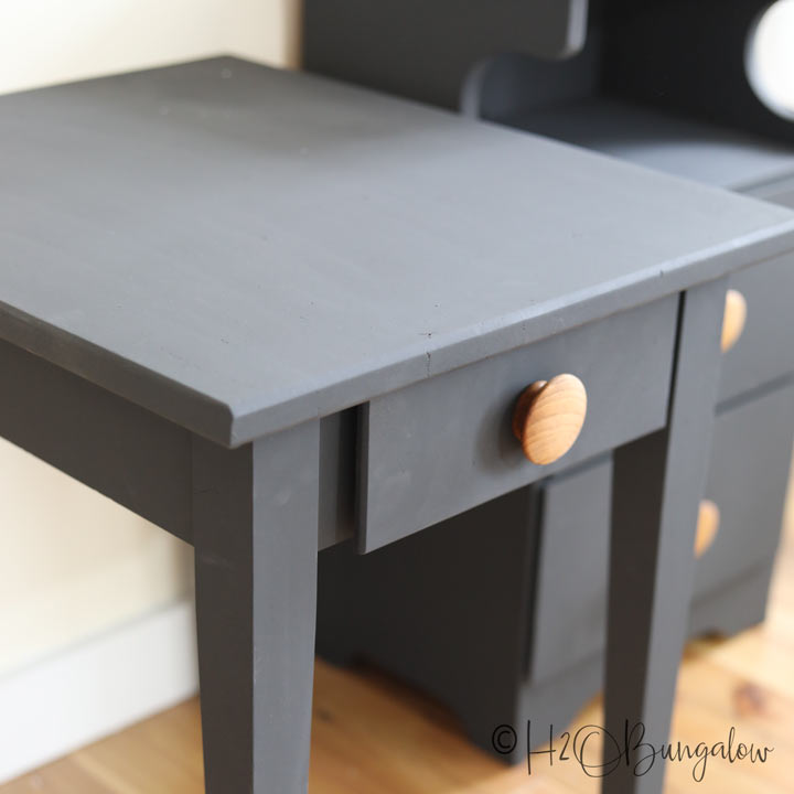 How to paint wood furniture without sanding has time-saving tips on when you need to sand painted furniture, how to make a paint finish last and more.