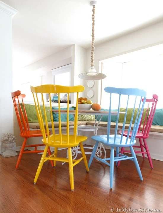 spray painted kitchen chairs