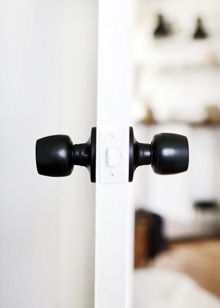 metal doorknobs spray painted