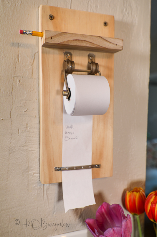 finished paper roll note holder with pencil