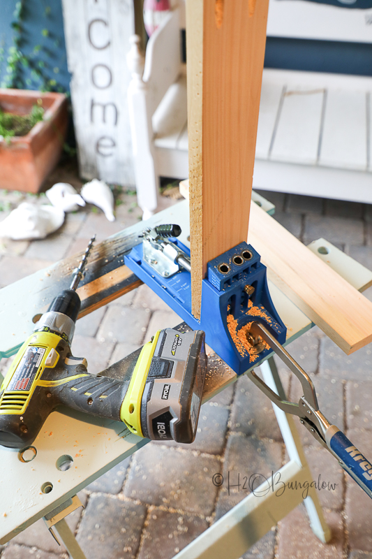 putting pocket holes in apron of DIY dining table