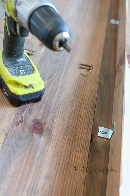 table top fasteners on underside of table